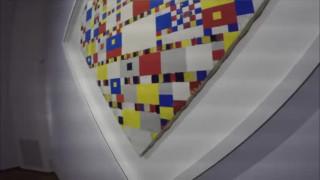 Op de Haagse Toer: Willy naar het Gemeentemuseum